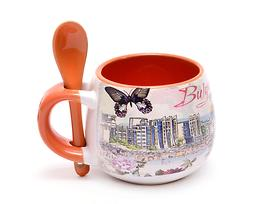 Заоблена чаша за кафе лъжичка България