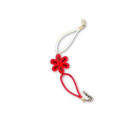 Мартеница на късмета Червено цвете